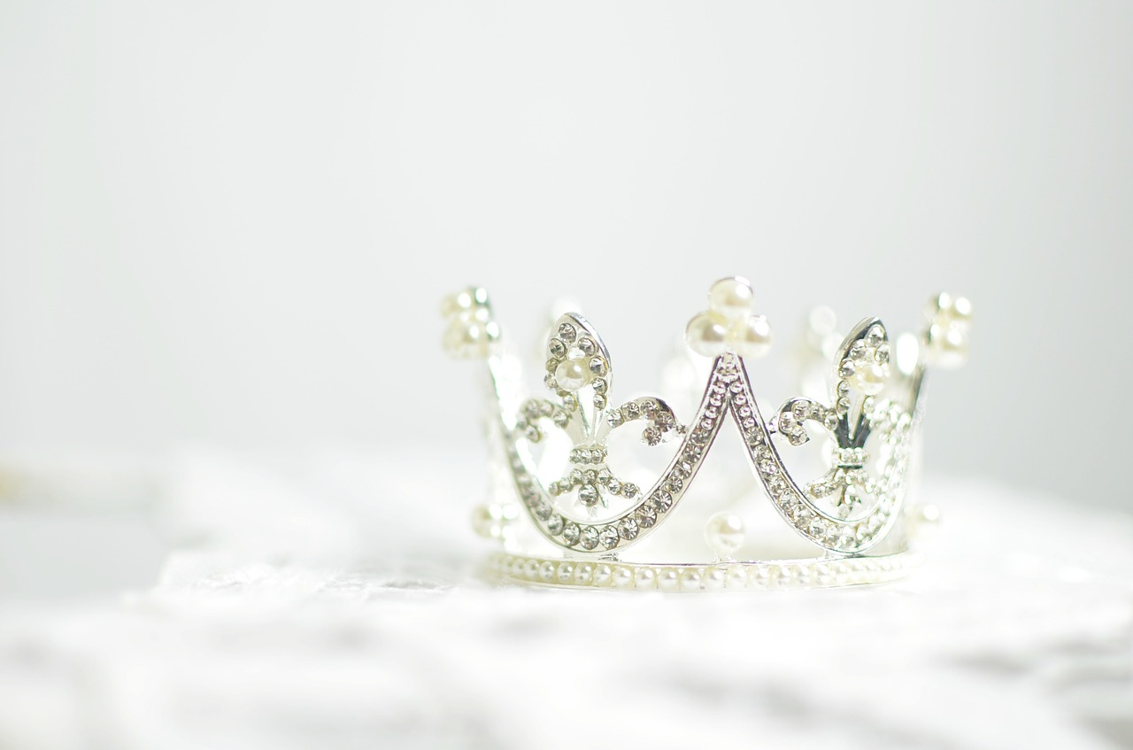 Royalty and Honor - crown